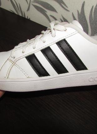 Adidas кросівки 19,5 см устілка