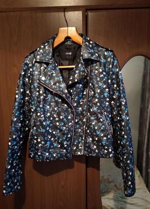 Крутая куртка косуха bershka