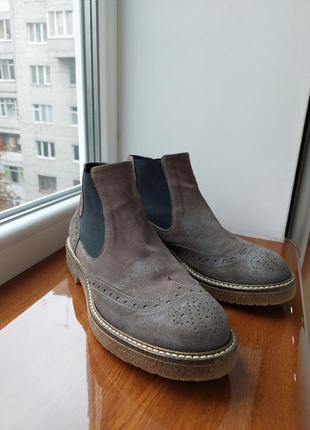Черевики, боти ,осіннє взуття, взуття,чоботи