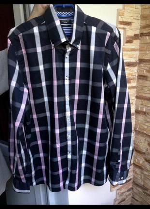 Брендовая рубашка с длинным рукавом современного стиля.. южная азия