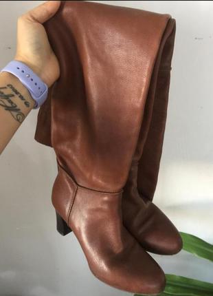 Шикарные кожаные ботфорты