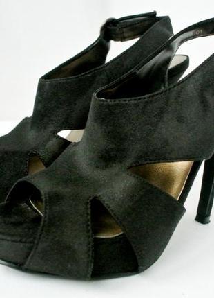 Стильные модные замшевые босоножки new look. размер uk5/eur38.