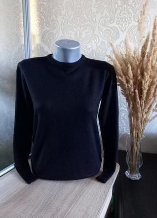 Теплый свитерок 50% шерсть