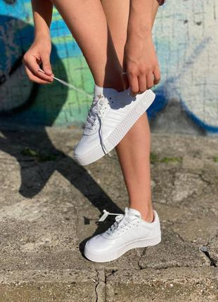 Adidas samba tripl white
