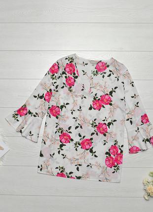 Красива блуза в квіти anthology.
