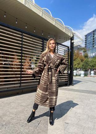 Новое шикарное красивое стильное базовое пальто теплое