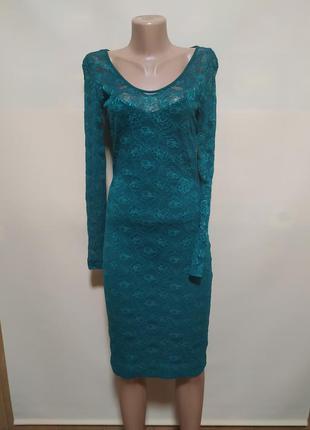 Платье гипюровое вечернее зеленое изумрудное с длинным рукавом сетка обтягивающее