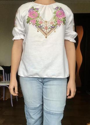 Блузка с вышивкой / вышиванка