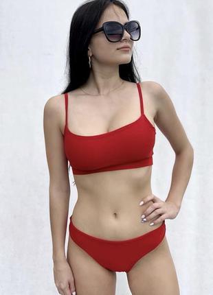 Красный купальник. новый
