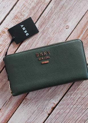 Новый кожаный кошелек  dkny