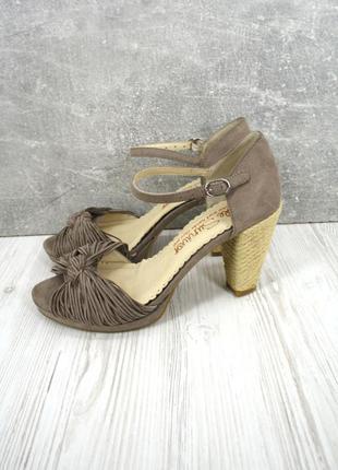 Новые(сток) брендовые босоножки sole survivor. размер uk 5/ eur 38.