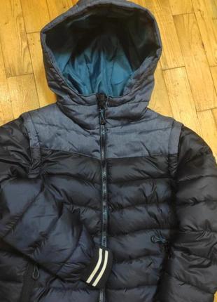 Курточка-жилетка для мальчика фирмы by very, на 8-9-10 лет.