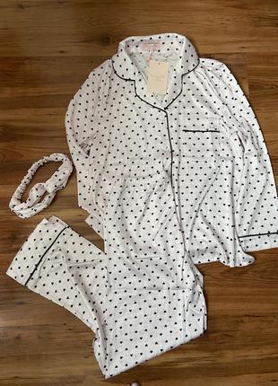 Нежно розовая атласная  пижама и ободок в подарок новая!