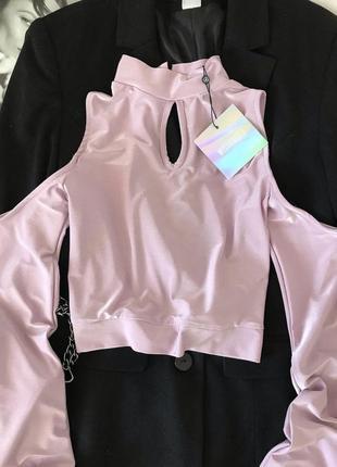Шикарная блузка з открытыми плечами