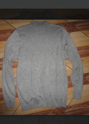 Базовьій вискозньій приятньій свитерок zara