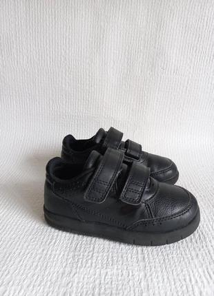 Adidas оригинальные кроссовки 25