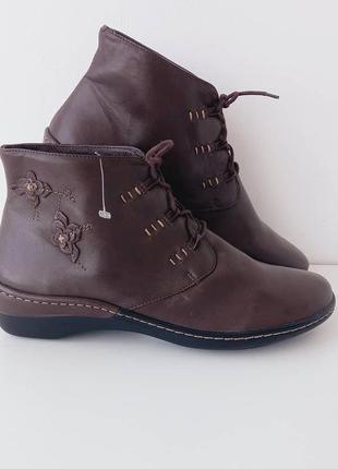 Женские ботинки/жіночі шкіряні черевички