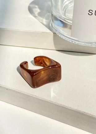 Массивное кольцо акриловое (5 цветов)