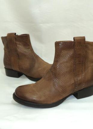"""Кожаные утепленные ботинки от """"jolana &fenena"""