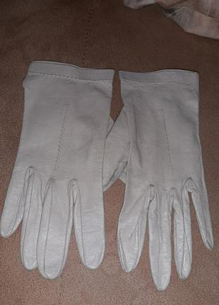 Итальянские кожаные перчатки
