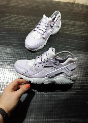 Кроссовки nike huarache run se (gs) violet mist (904538-500)