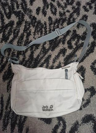 Стильна якісна сумка jack wolfskin 200 грн.