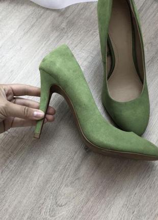 Зелёные туфли zara
