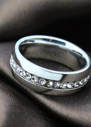 Кольцо серебристого цвета с имитацией бриллианта 16 размер