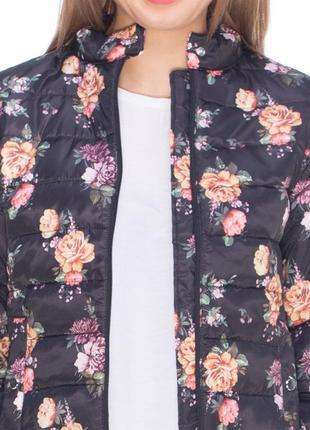 Курточка stradivarius в цветочный принт