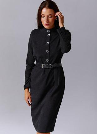 Черное вельветовое платье