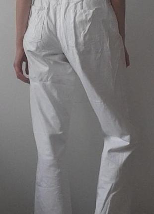 Женскике белые джинсы , джинсовые штаны белые