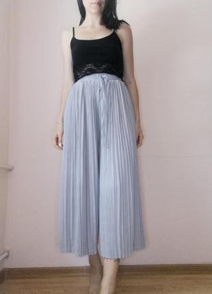 Круті штани-кюлоти пліссе на резинці в поясі missguided