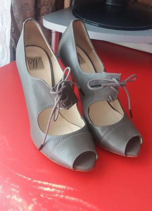 1+1=3 кожаные туфли 25 cm