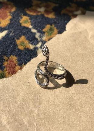 Кольцо змея большой размер