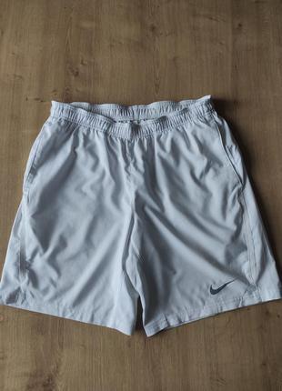 Мужские спортивные шорты  nike, оригинал,  м