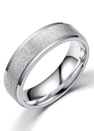 Кольцо серебристого цвета с напылением 19 размер