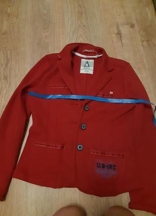 Брендовая куртка ,пиджак