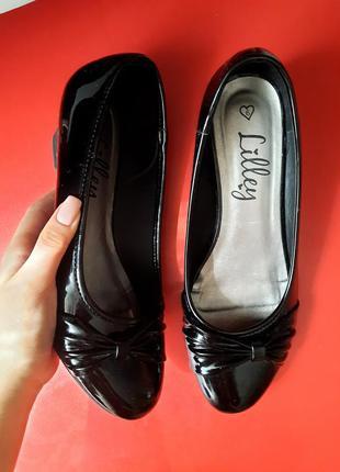 1+1=3 лаковые классические туфли 25
