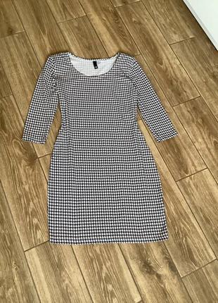 Платье мини, черно белое, хлопок, тянется