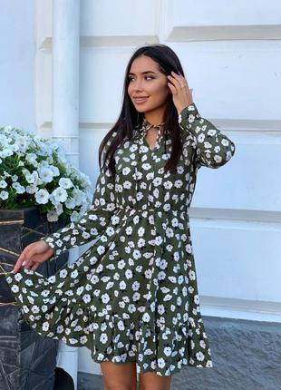 Платье в цветочный принт цвета в ассортименте