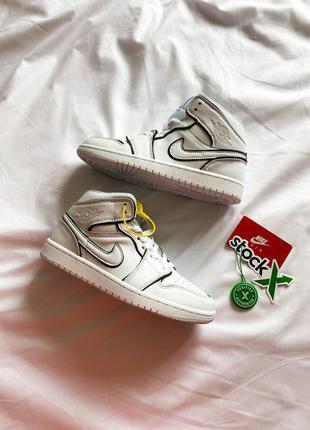 """Кожаные кроссовки в стиле nike jordan 1 mid """"white/black"""""""