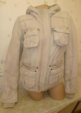 """Теплая джинсовая куртка moto с меховым капюшоном короткая цвет """"кофе с молоком"""""""