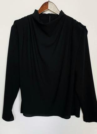 Шикарная чёрная блуза zara