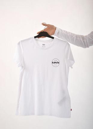 Женская базовая белая футболка levi's