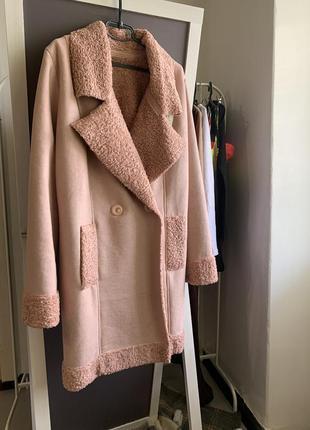 Розовое пальто барашек