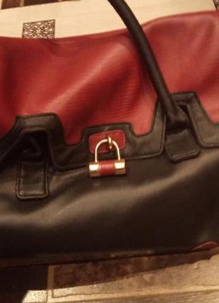 Классная вместительная сумка