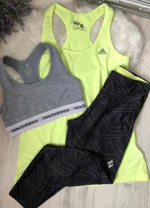 Яркий комплект для спорта костюм для фитнеса