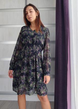 Принтовое нежное платье