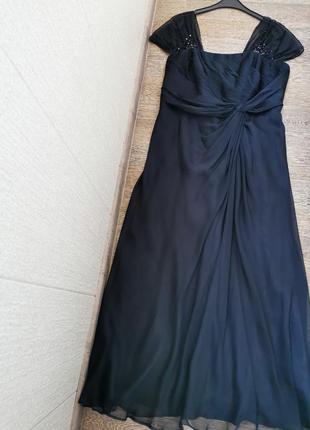 Нарядное ,вечернее платье из органзы vera mont