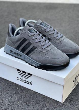 Мужские /унисекс серые кроссовки adidas